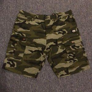 Echo Cargo Camouflage Shorts size 40